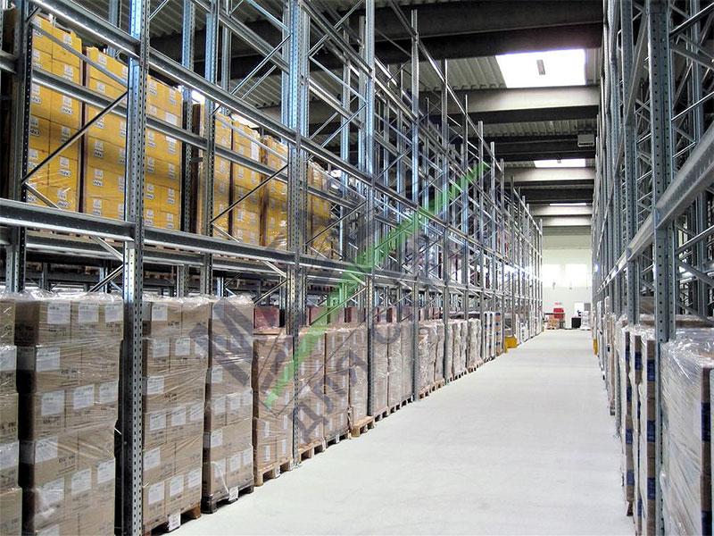 Спрос на склады растет cреди ритейлов Санкт-Петербурга